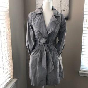 NWT Banana Republic Gray Trench coat - size S🌂!